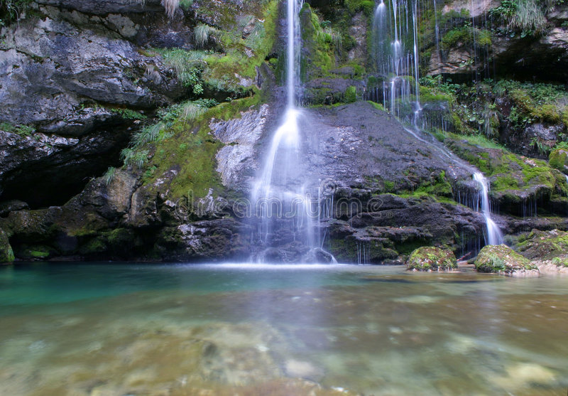 Download Waterfall Royalty Free Stock Photos - Image: 1560068