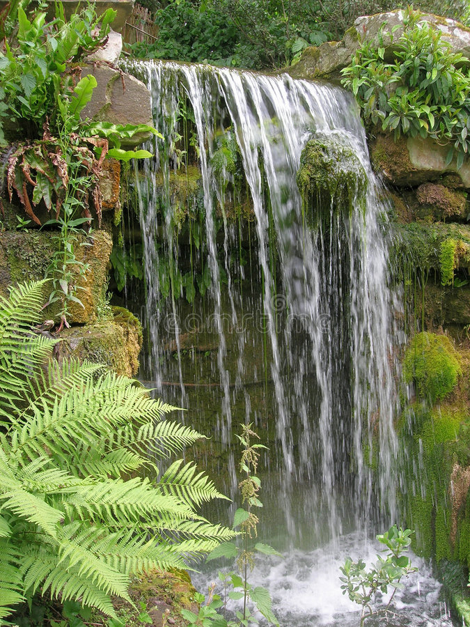 Free Waterfall Stock Photography - 989542