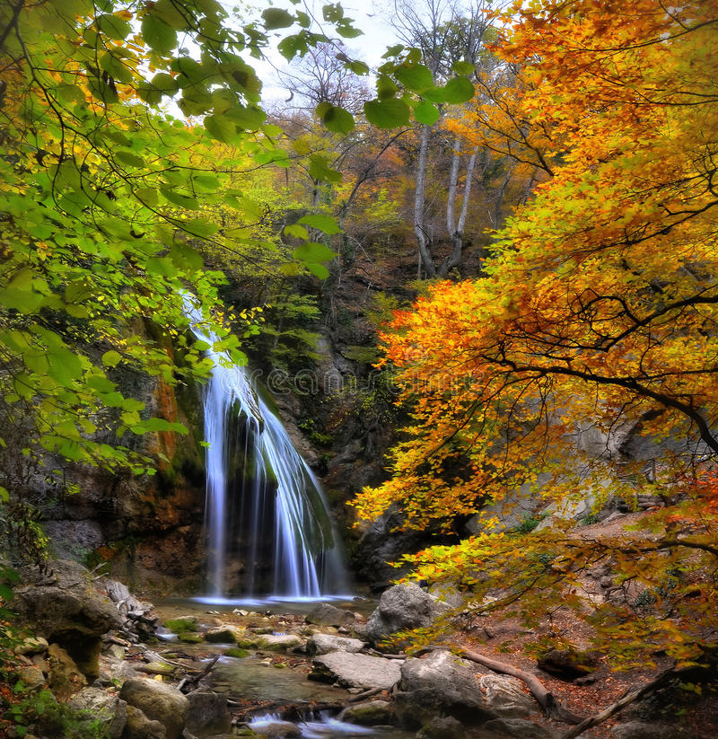 Free Waterfall In The Autumn-2 Stock Photos - 28255983