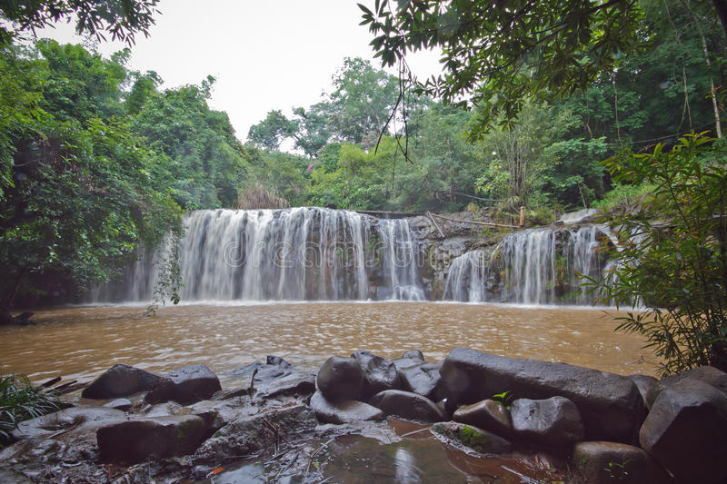 Download Waterfall Mak Mew stock image. Image of natural, rainy - 33389313
