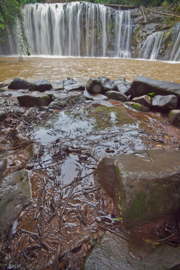 Download Waterfall Mak Mew stock image. Image of rainy, natural - 33389369