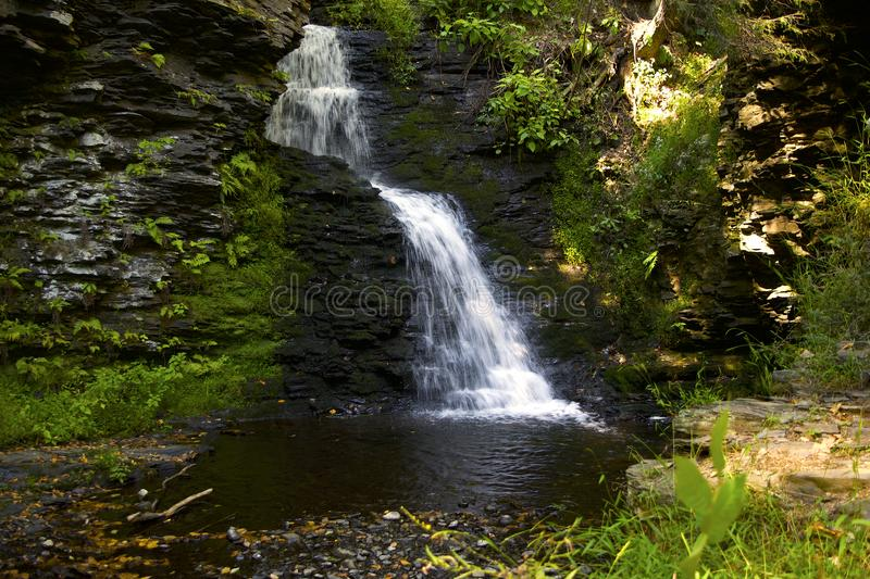 Waterfall With Mossy Rocks royalty free stock photos