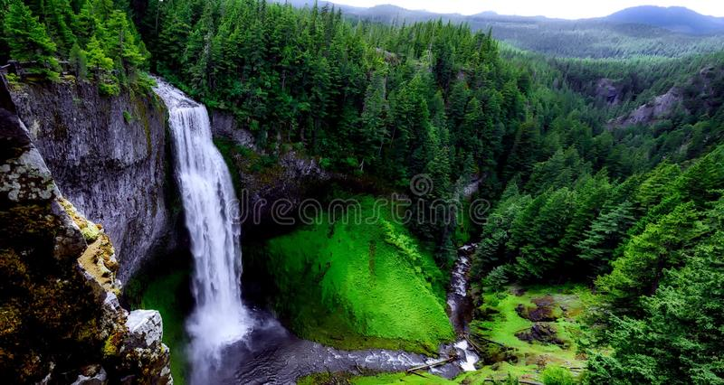 Waterfall over cliff royalty free stock photos