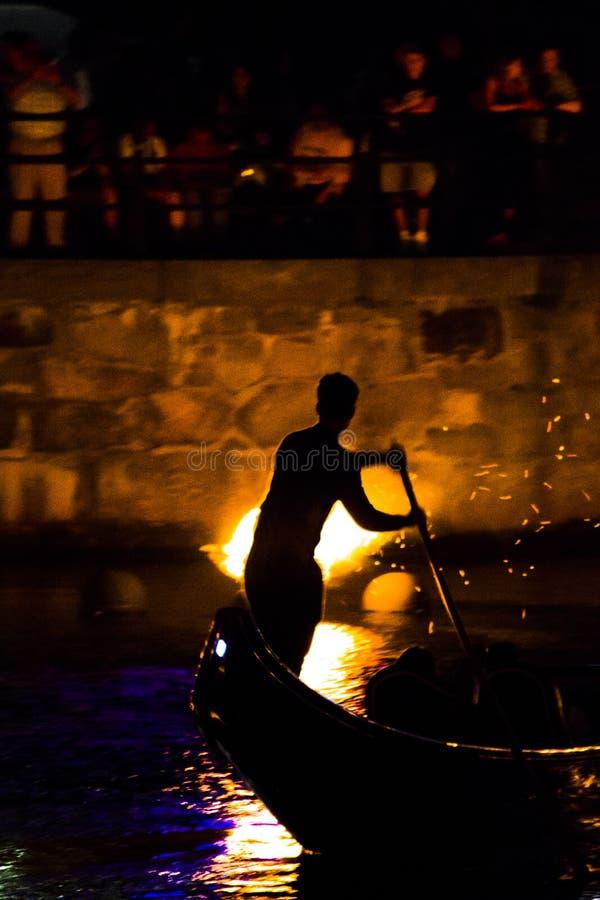 WaterFire剪影,上帝,罗德岛州 图库摄影
