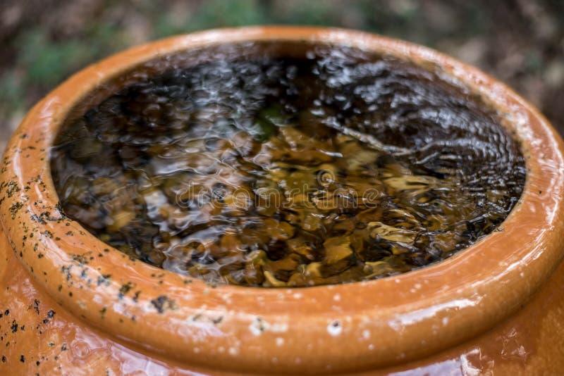 Waterfontein die in het Park stromen royalty-vrije stock fotografie