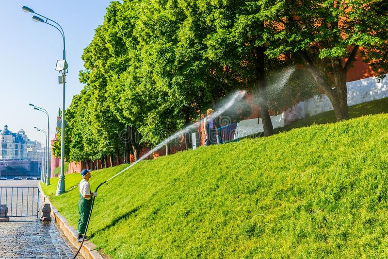 Download Watering The Lawn By The Moscow Kremlin Wall Editorial Photography - Image: 41334342
