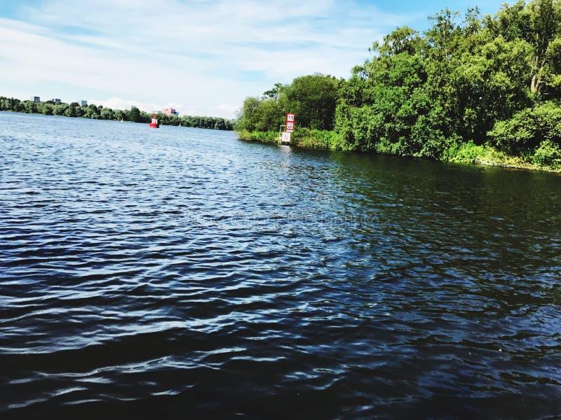 Waterkant in Badhoevedorp stock afbeeldingen