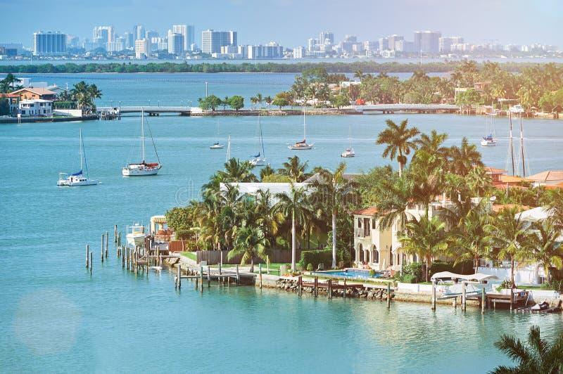 Waterkant in de stad van Miami royalty-vrije stock foto