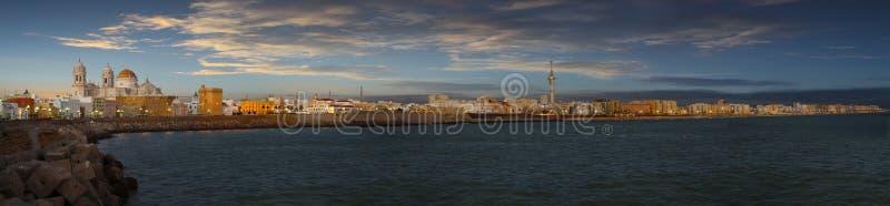 Waterkant van Cadiz royalty-vrije stock foto's