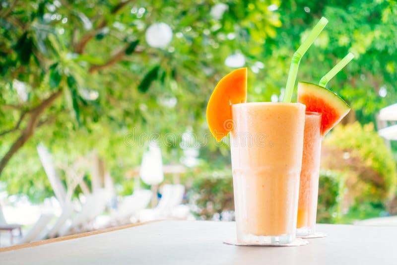 Watermon melonowa i owoc soku smoothies w szkle zdjęcie stock