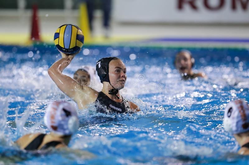 Waterpolo EuroLeague Women Championship Sis Roma mot ZV De Zaan royaltyfri fotografi