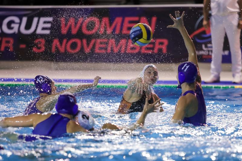 Waterpolo EuroLeague Women Championship Sis Roma vs Kinef Surgutneftegas Kirishi royaltyfria foton