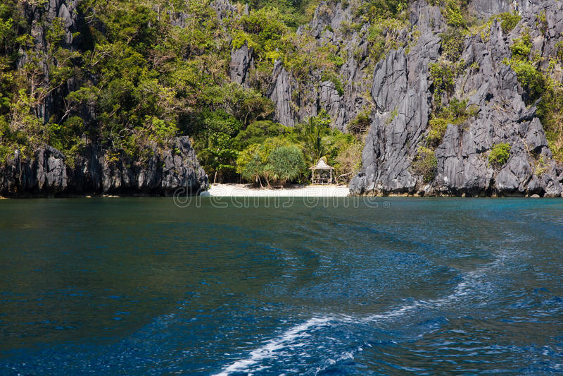 Waterscape, Gr Nido, Bacuit-baai, Palawan-eiland, Palawan-provincie, Filippijnen royalty-vrije stock afbeeldingen