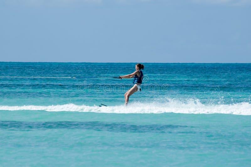 waterskiing royaltyfria bilder