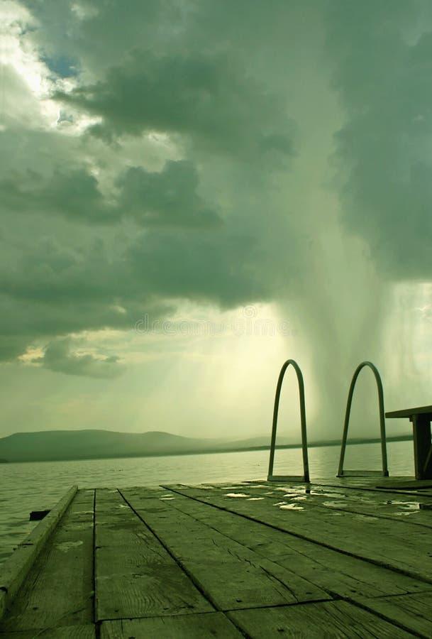 Waterspout na jeziorze zdjęcie stock