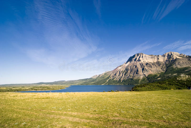 waterton för lakesbergnationalpark arkivbild