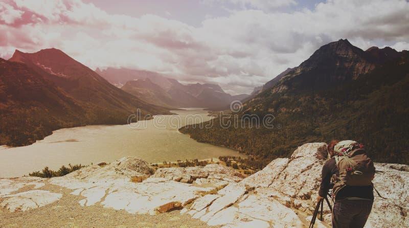 Waterton sjö, kanadensiska steniga berg royaltyfria bilder