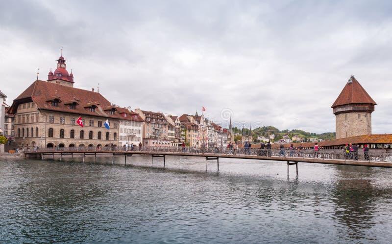 Watertoren in Luzerne Zwitsers stadslandschap royalty-vrije stock afbeeldingen