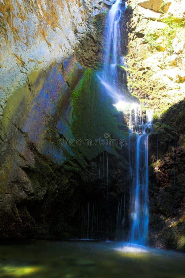 Waterval in bergen van troodos, Cyprus royalty-vrije stock afbeeldingen