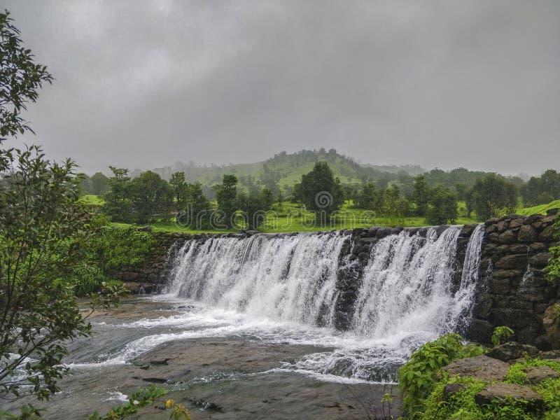 Waterval bij Igatpuri, Nasik, Maharashtra, India royalty-vrije stock afbeeldingen