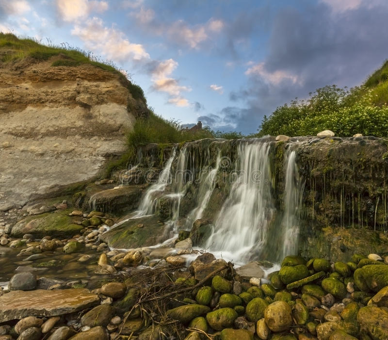 Waterval bij Osmington-Molens in Dorset stock fotografie