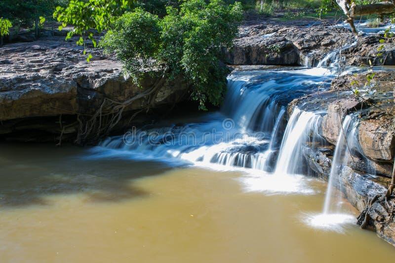 Waterval in Chaiyaphum, Thailand 4 stock foto's