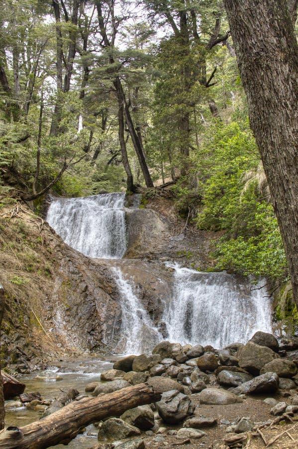 Waterval dichtbij Bariloche, Argentinië royalty-vrije stock afbeeldingen