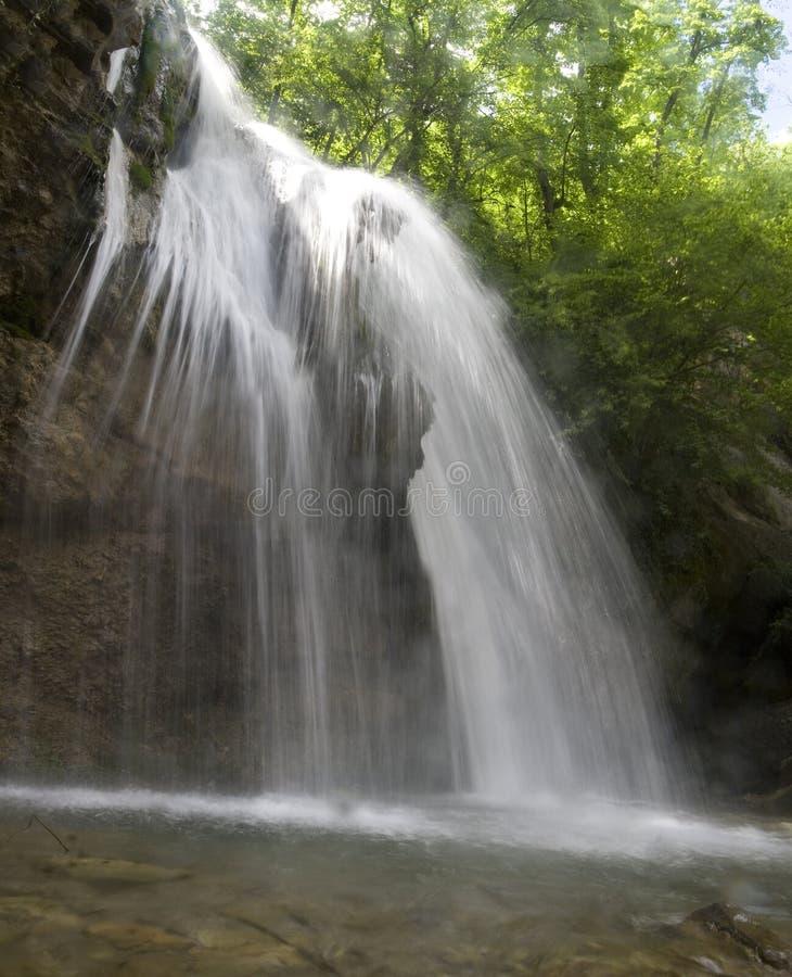 Waterval dzur-dzhur royalty-vrije stock afbeeldingen