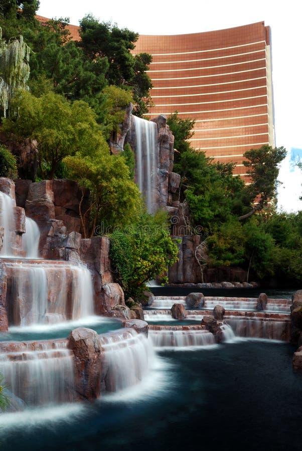 Waterval en Wynn Hotel, Las Vegas stock afbeelding