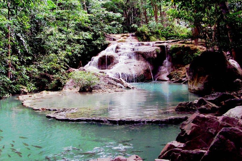 Waterval in het Nationale Park van Erawan, Thailand royalty-vrije stock foto's