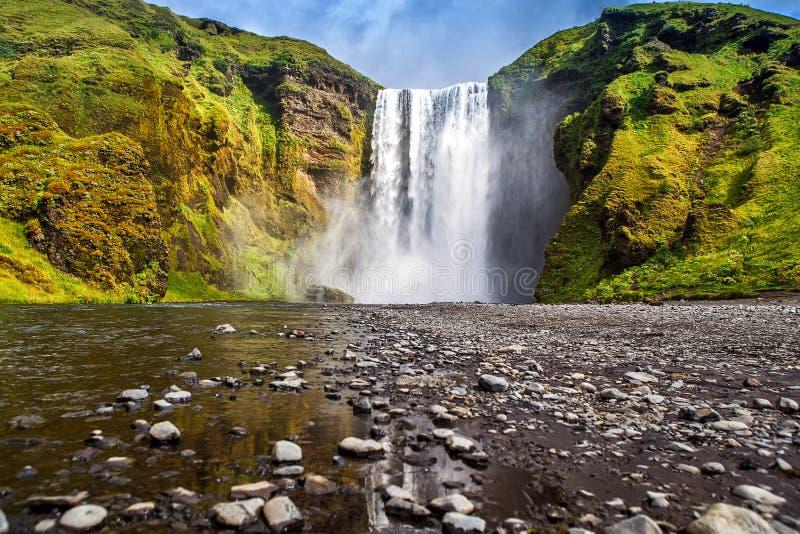Waterval in IJsland royalty-vrije stock afbeeldingen