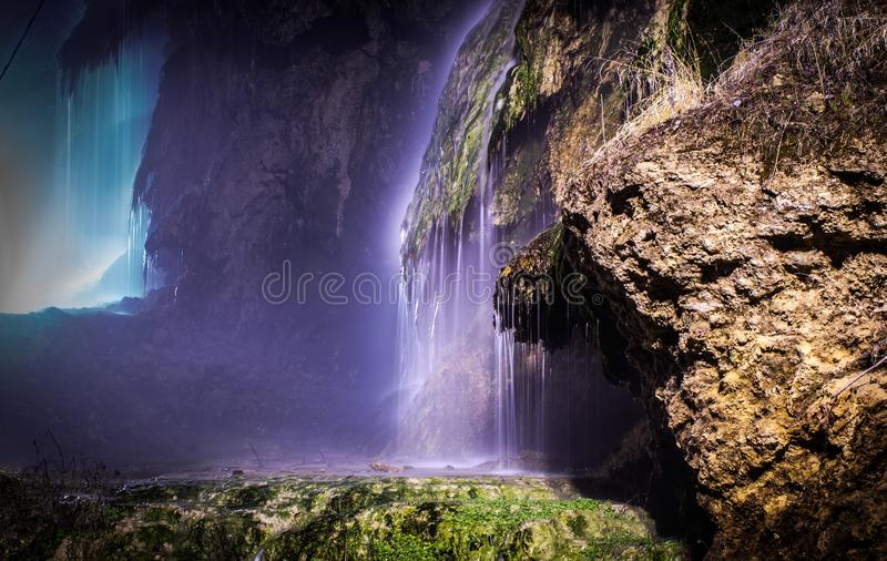 Waterval met thermisch water royalty-vrije stock fotografie