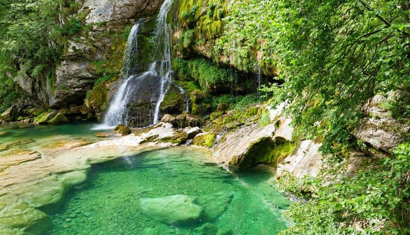 Waterval in Sloveni? stock afbeelding