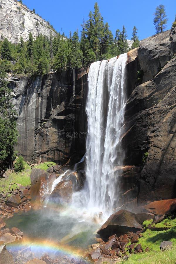 Waterval van het Yosemite de Nationale Park - Lentedaling stock foto