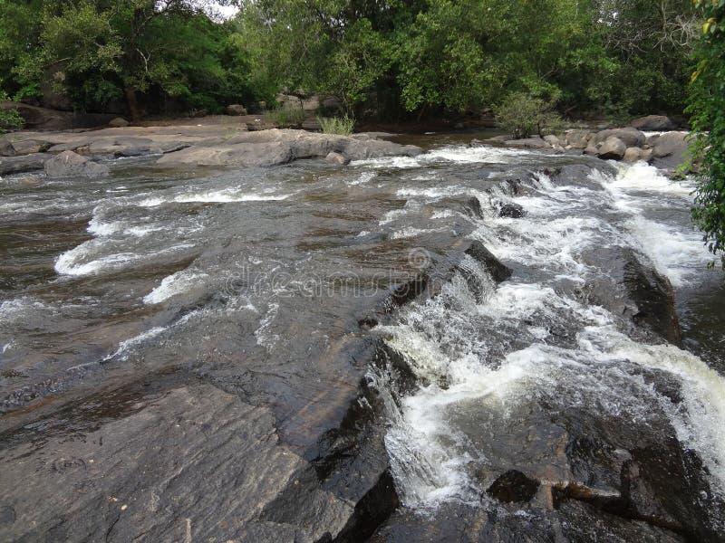 Watervallen athirapilly royalty-vrije stock afbeeldingen