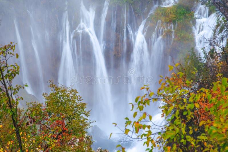 Watervallen, het Nationale Park van Plitvice, Kroatië stock afbeeldingen