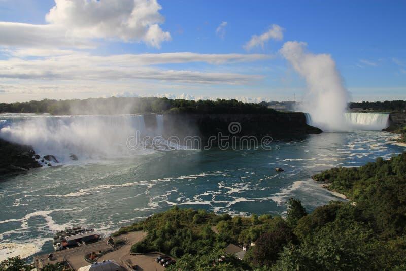Watervallen op Niagara-Rivier royalty-vrije stock foto's