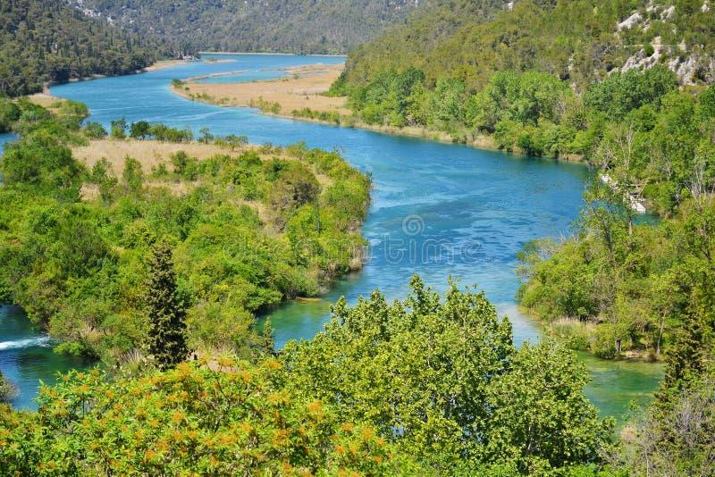 Watervallen op Rivier Krka. Nationaal Park, Kroatië stock afbeelding