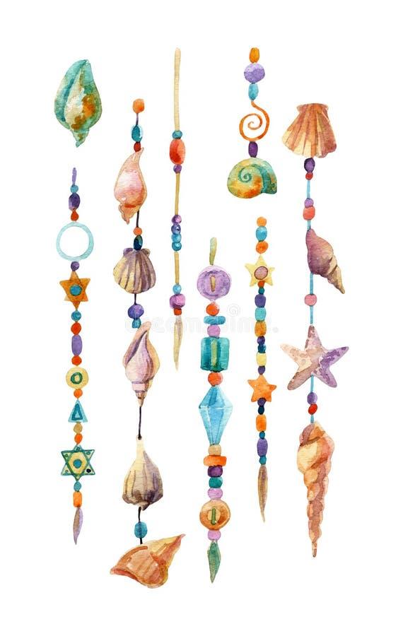 Waterverf kleurrijke kettingen met overzeese die shells, parels, kristallen op witte achtergrond worden geïsoleerd royalty-vrije illustratie