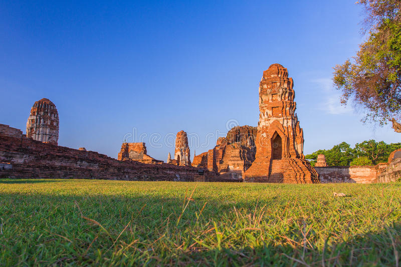 Watmahathat阿尤特拉利夫雷斯,古老泰国 图库摄影