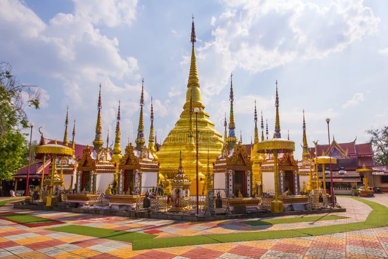 Watphatadbantak, phraborommathat de Tak da proibição de Wat imagens de stock