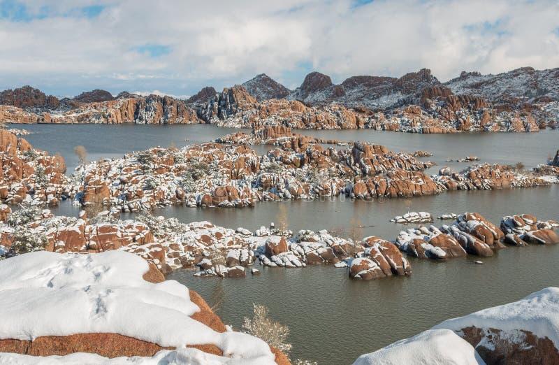 Watson Lake Prescott Arizona scenico nell'inverno fotografia stock