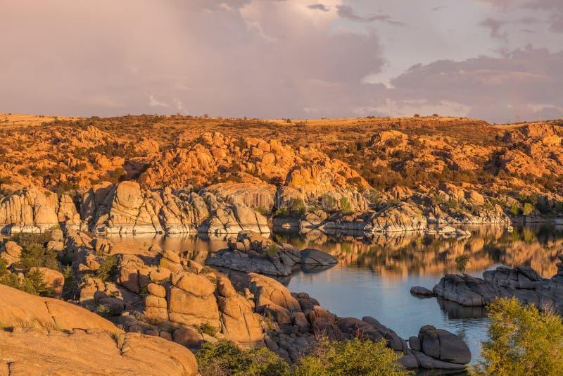 Watson Lake Sunset Storm scénique image libre de droits