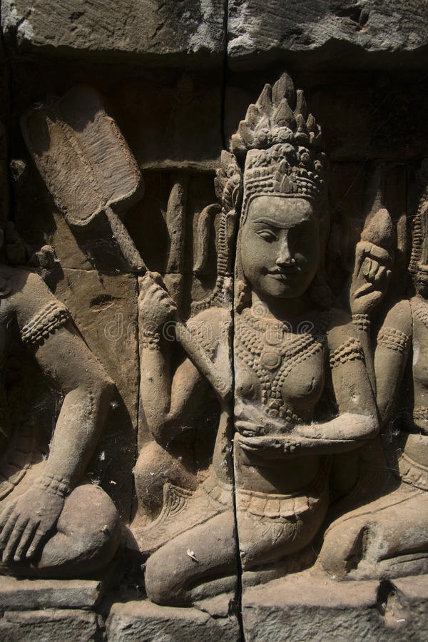 Watt d'Angkor - merci murs de ruine de temple de Prohm de la ville de khmer d'Angkor Vat - énoncez le monument photographie stock