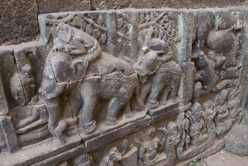 Watt d'Angkor - merci murs de ruine de temple de Prohm de la ville de khmer d'Angkor Vat - énoncez le monument photographie stock libre de droits
