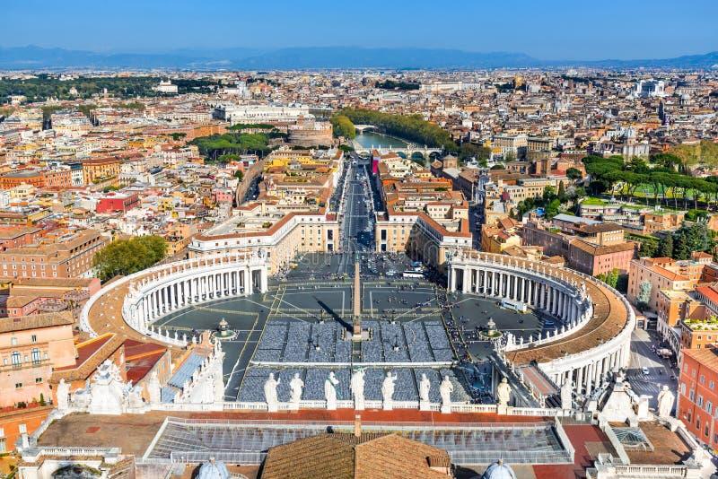 Watykan, piazza San Pietro, Rzym, Włochy zdjęcia royalty free