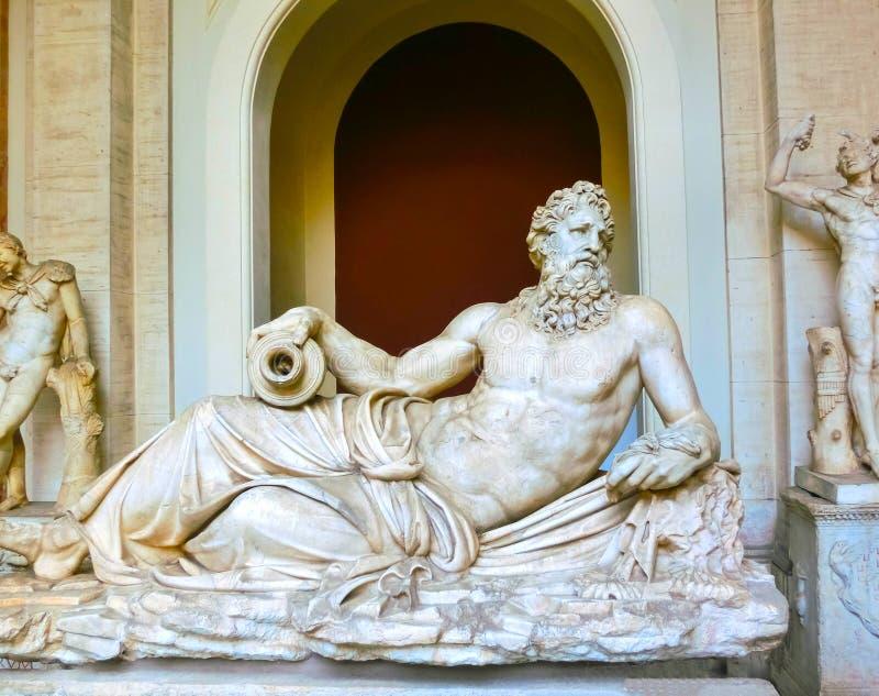 Watykan Włochy, Maj, - 02, 2014: Klasycznego grka rzeźba Neptune w Watykańskim muzeum zdjęcie royalty free