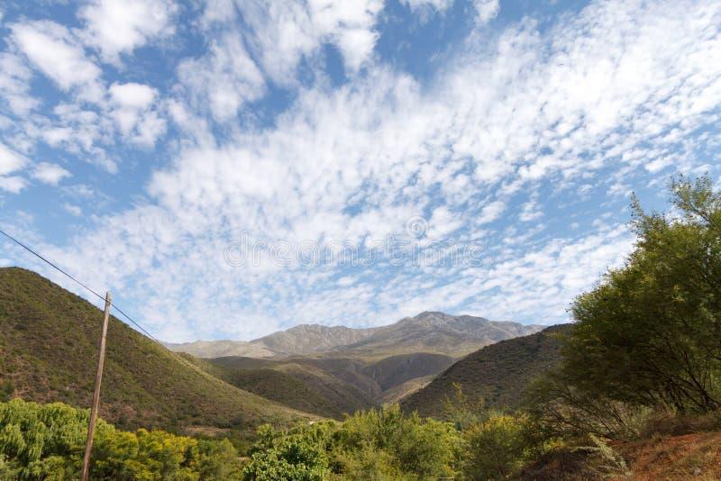 Wauw Bewolkt Landschap Calitzdorp Zuid-Afrika royalty-vrije stock afbeelding