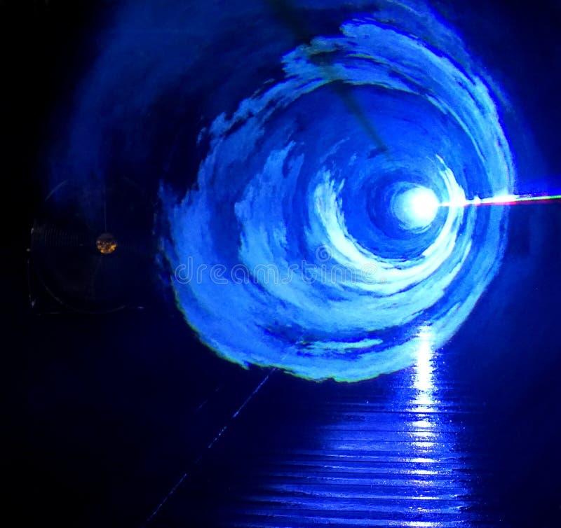 WAUW - blauwe lichteffecten stock foto's