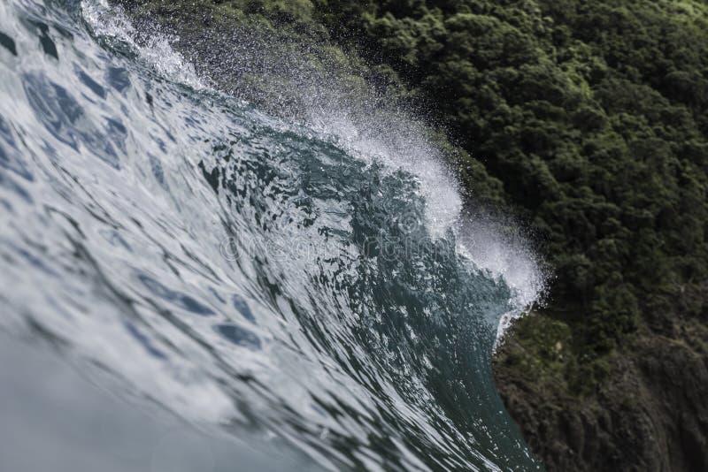 Wave Lip Pitching royalty free stock photos